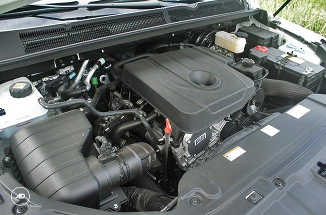 2018 SsangYong Rodius engine