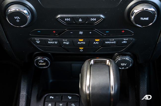 2019 Ford Ranger Wildtrak Biturbo climate control