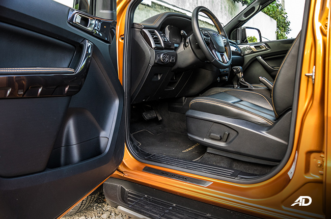 2019 Ford Ranger Wildtrak Biturbo front cabin