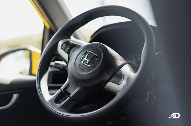 2019 honda brio steering wheel