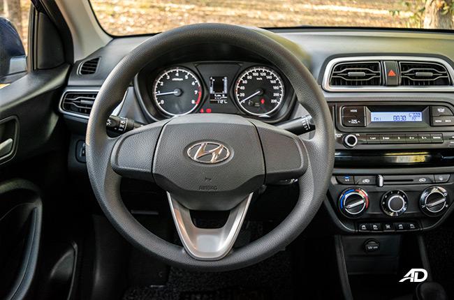 2019 Hyundai Reina Interior and Cargo Space Review | Autodeal