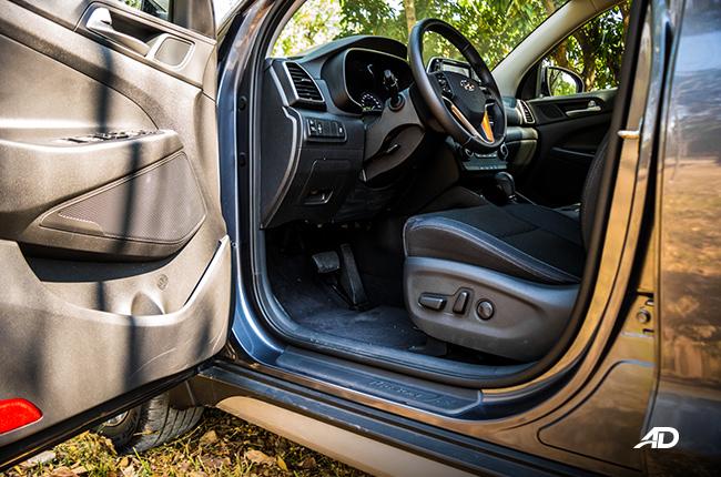 2019 Hyundai Tucson front cabin