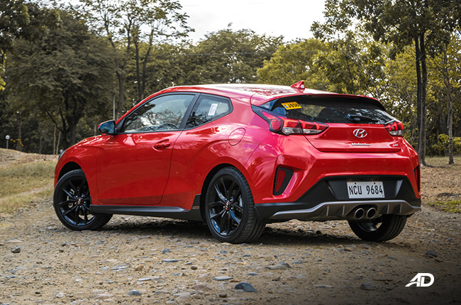 2019 Hyundai Veloster Turbo design