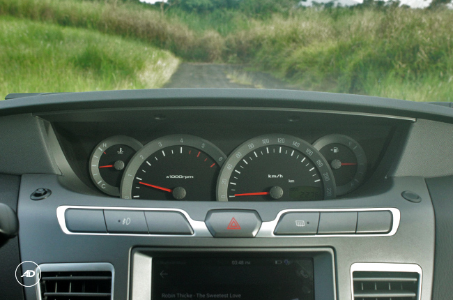 2019 SsangYong instrument cluster