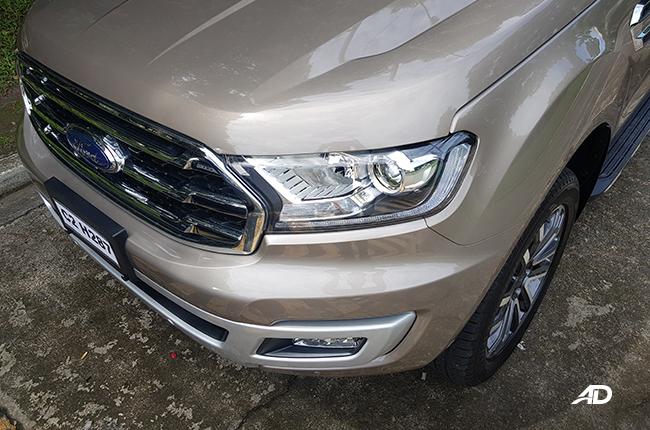2020 Ford Everest front lights