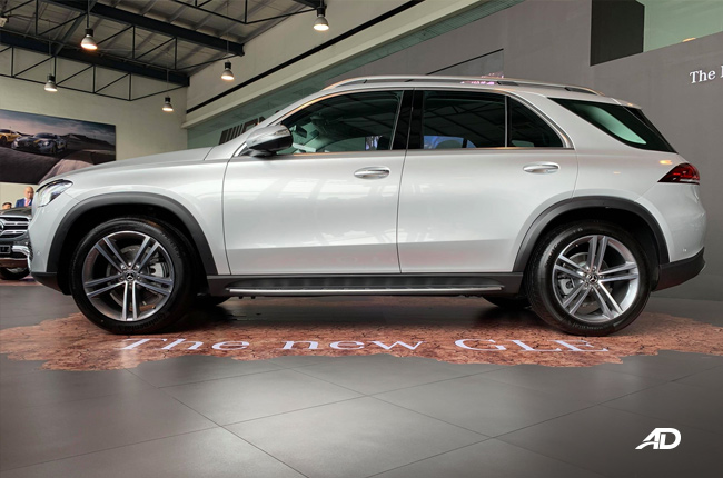 2020 Mercedes-Benz GLE Side
