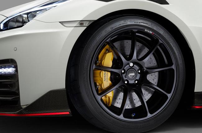 2020 Nissan GT-R NISMO Wheels