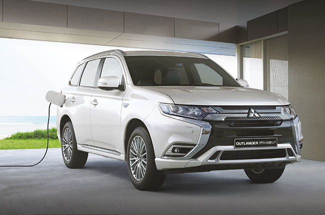 Mitsubishi Outlander PHEV joined by GSR model for 2021