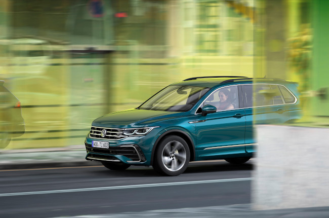 The new 2021 Volkswagen Tiguan makes its world premiere ...