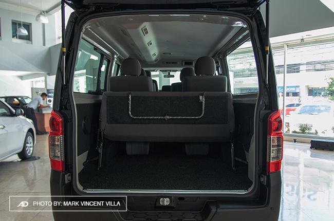 Nissan Nv Passenger Van >> Luxury in Transit: The Nissan NV350 Urvan Super Elite ...