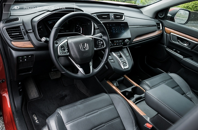2018 Honda CR-V review interior
