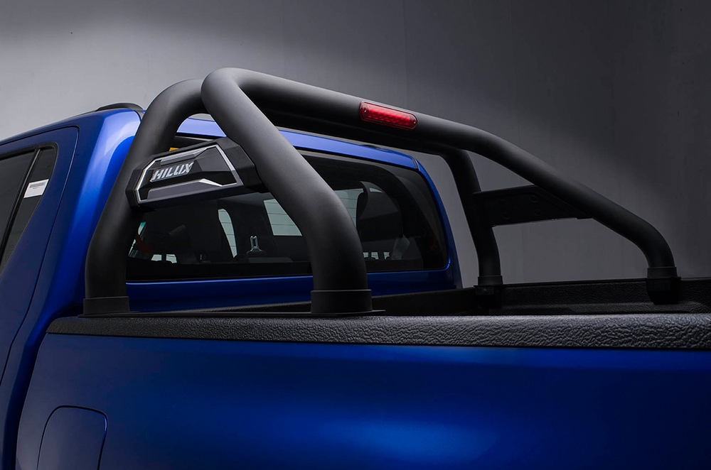 toyota hilux conquest black roll bars