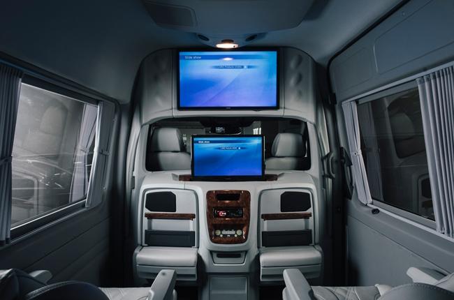 Mercedes-Benz Sprinter Luxury Coach