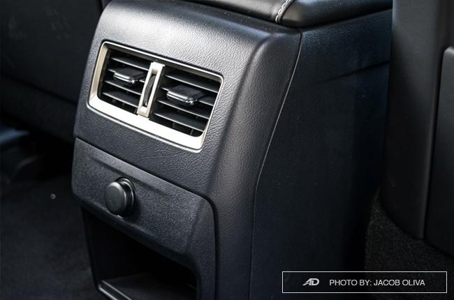 2018 Lexus RX 350 F Sport rear vents