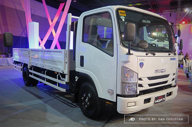 NQR75 Blue Power Dropside