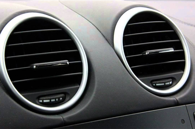 How to clean your car's air conditioning system | Autodeal