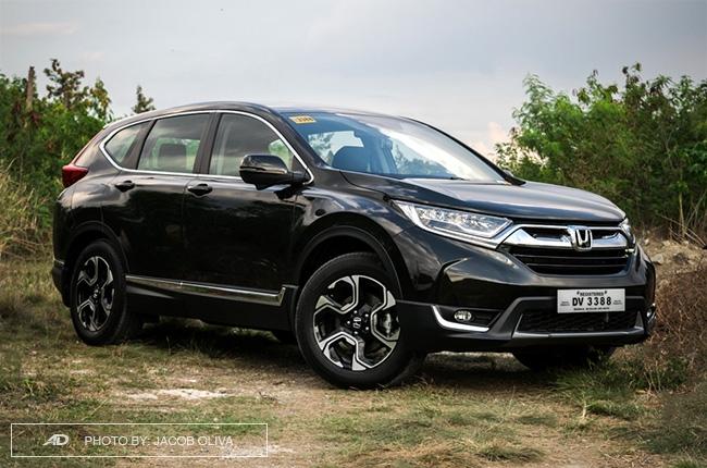 2018 Honda CR-V Gasoline front quarter
