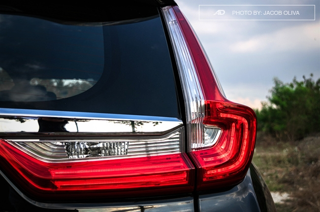 2018 Honda CR-V Gasoline taillights