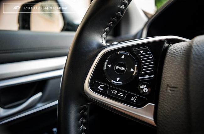 2018 Honda CR-V Gasoline steering wheel buttons