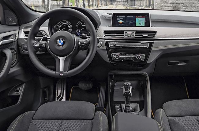 BMW X2 2018 dashboard
