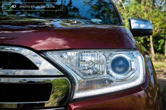 2018 ford everest 3.2 titanium+ headlights