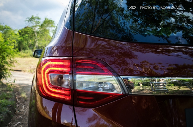 2018 ford everest 3.2 titanium+ taillights