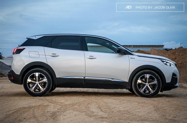 2018 Peugeot 3008 Diesel side