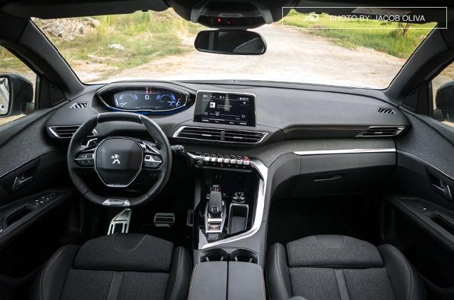 2018 Peugeot 3008 Diesel interior