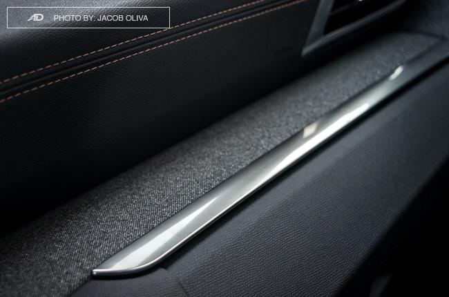2018 Peugeot 3008 Diesel dashboard