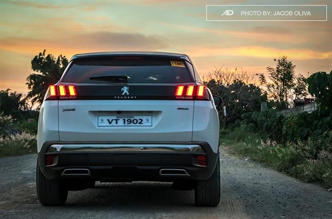 2018 Peugeot 3008 Diesel road rear