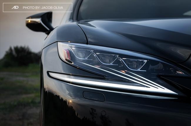 2018 lexus ls 500 headlights