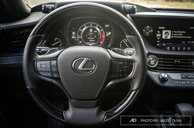 2018 lexus ls 500 steering wheel