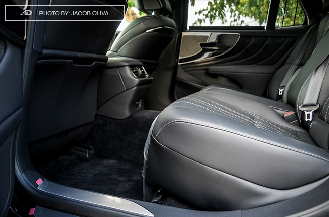 2018 lexus ls 500 rear seats