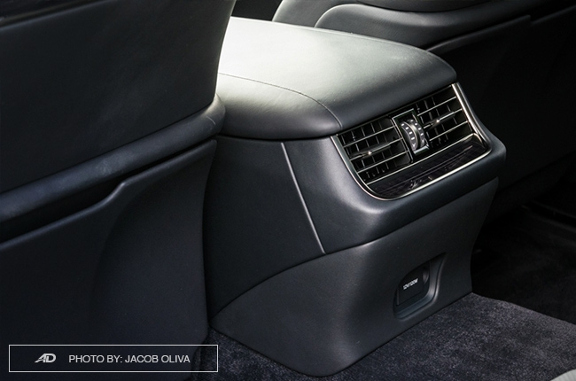 2018 lexus ls 500 rear aircon vents