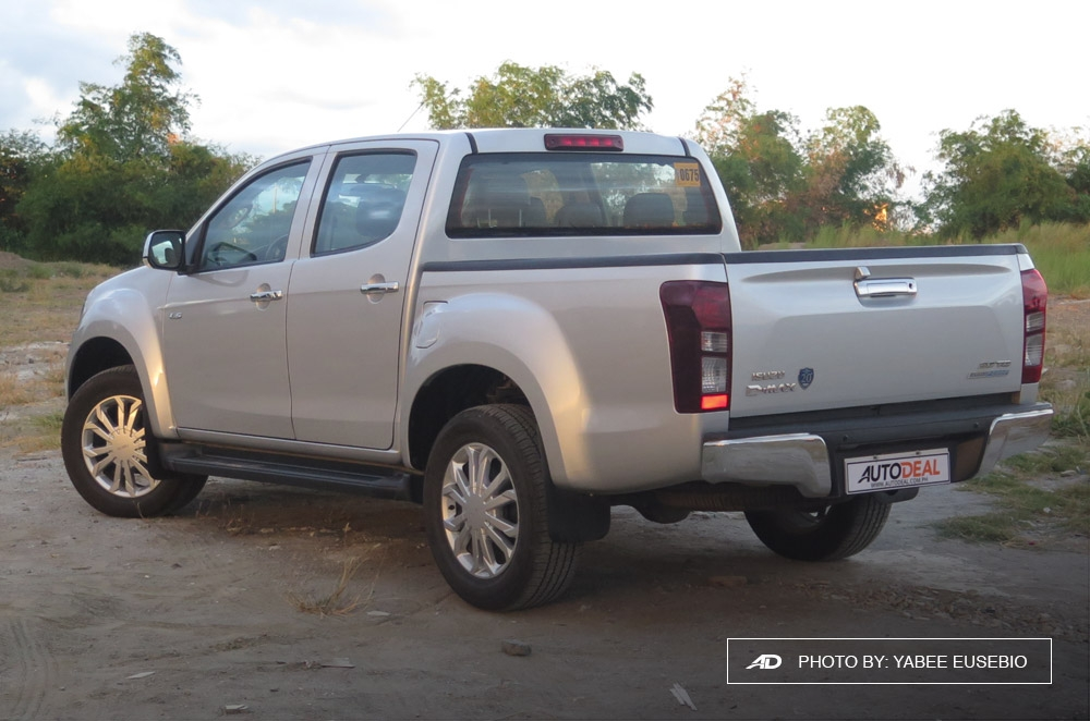 2018 Isuzu D-Max 3.0 LS AT 4x2 Blue Power Rear View