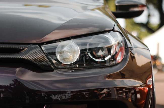 How To Prevent Your Headlights From Getting Cloudy Yellow Autodeal