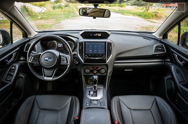 2018 subaru xv base interior