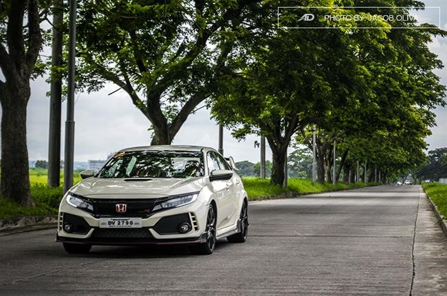 2018 Honda Civic Type R Philippines road shot