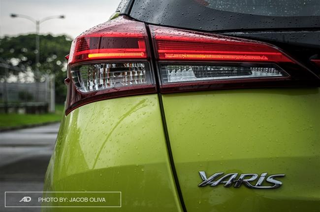 2018 toyota yaris 1.5 S taillights