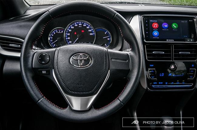 2018 toyota yaris 1.5 S steering wheel