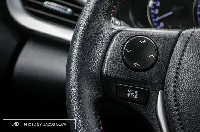 2018 toyota yaris 1.5 S audio controls