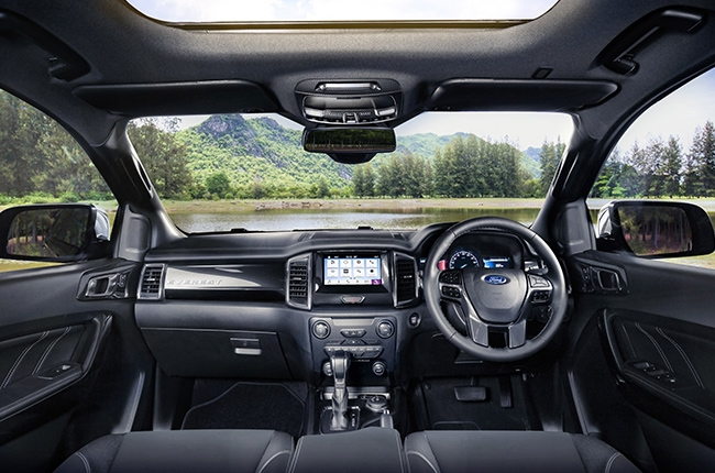 Ford Everest 2019 interior