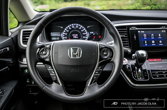 2018 Honda Odyssey Philippines review steering