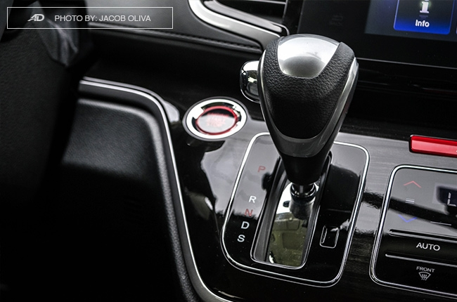 2018 Honda Odyssey Philippines review gear shifter
