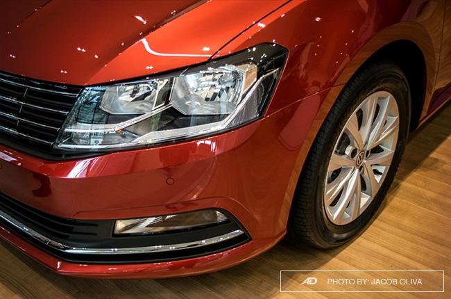 2018 Volkswagen Lavida headlights