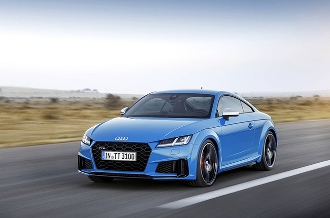 The covers are off Audi's all-new TT and TTS coupe | Autodeal