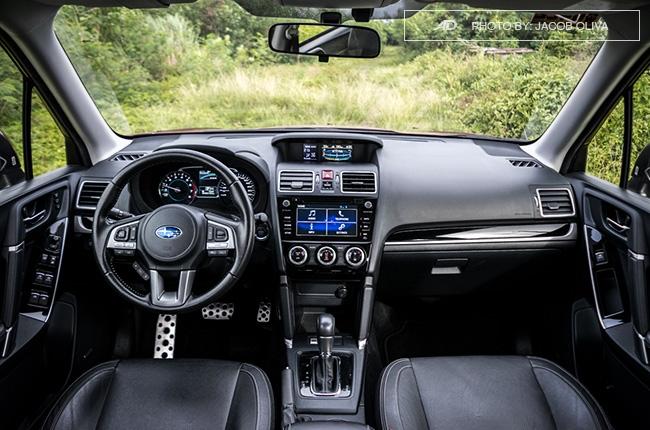 Subaru Forester XT interior