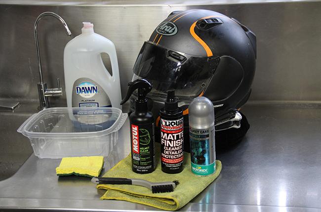 cleaning helmet