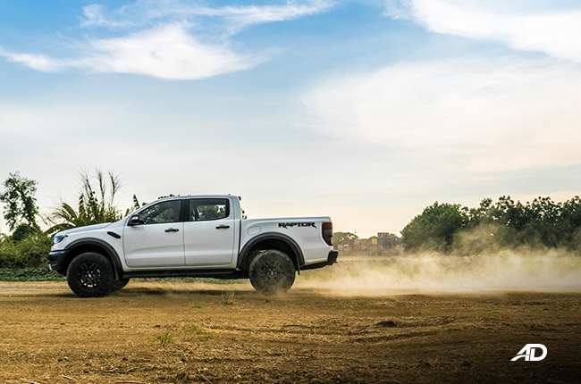 Ford Ranger Raptor action