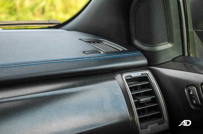 Ford Ranger Raptor Dashboard stitching